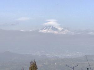 富士山、沼津市街地望む眺望